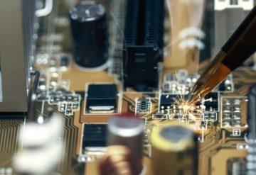 格安プランでプリント基板の設計から部品実装まで対応の画像